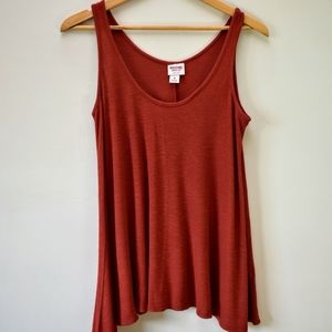 💜3/$15 Mossimo rust swing knit tank top